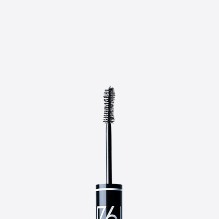 Le Noir Absolu Mascara 1944 – Absolute Black Mascara